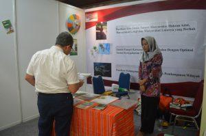 Pengunjung Stand WGT - Pesona 2016